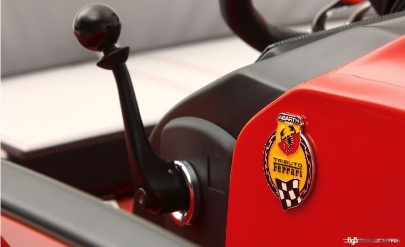 Abarth 695 Tribute Ferrari