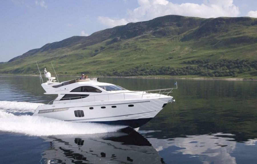 Fairline 48 Fly