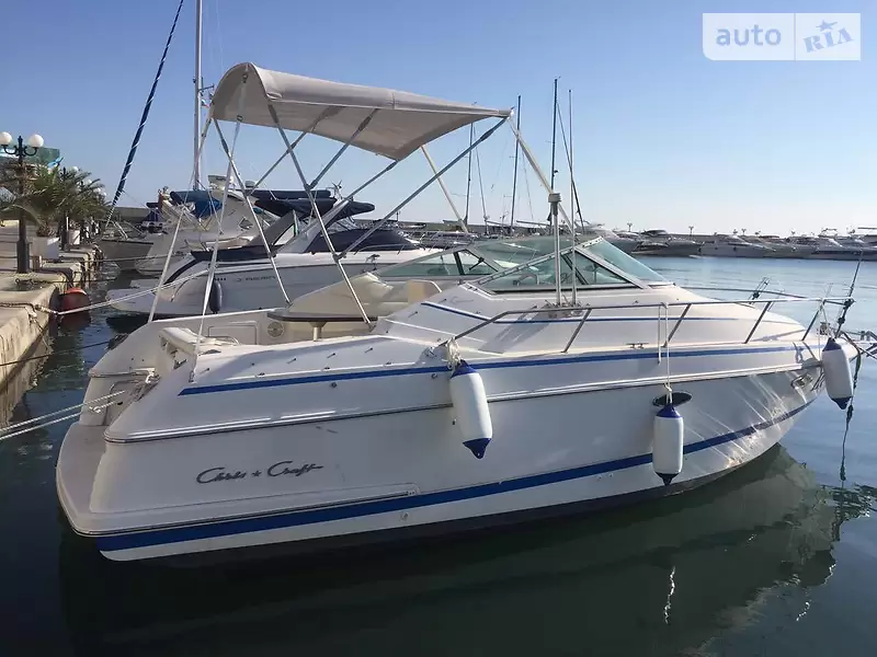 Chris Craft Crowne 232